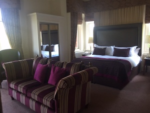 Feature Suite at Macdonald Kilhey Court